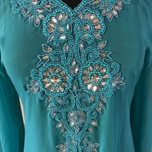 Tops - NWT Small to Medium Turquoise Tunic